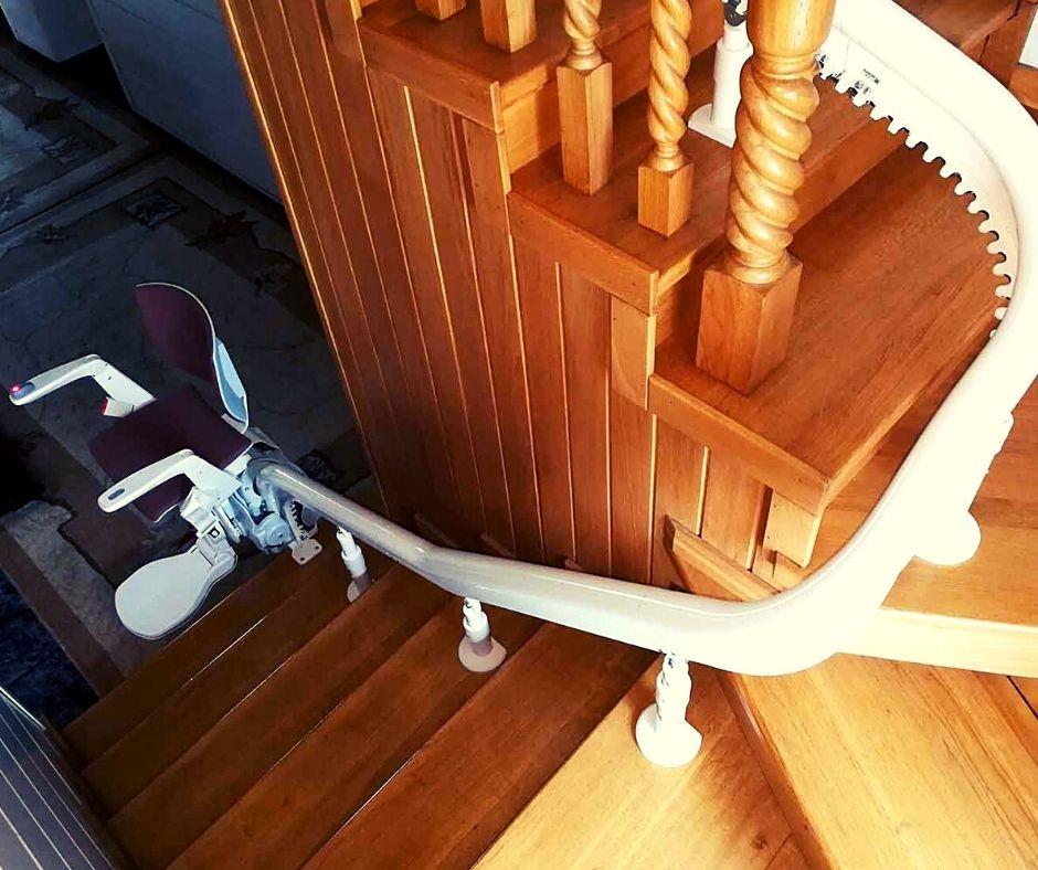 krzesło do przewożenia chorych po schodach