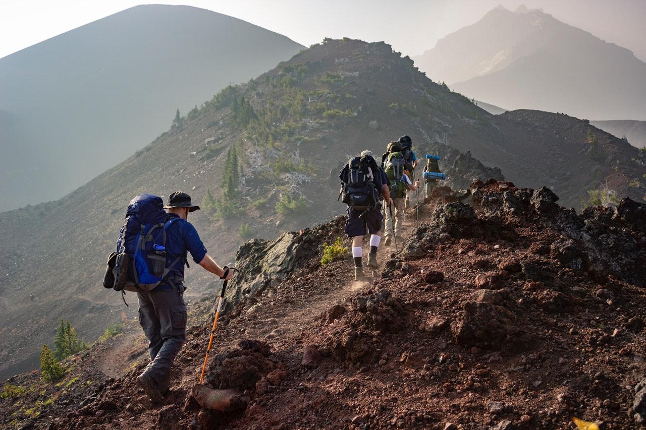 męski wypad w góry